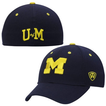 Michigan Wolverines Top of the World Dynasty Memory Fit Fitted Hat – Navy Blue
