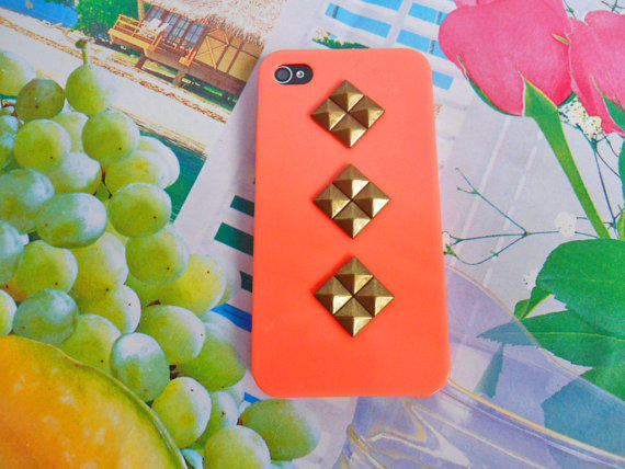 iphone 4 4S hard Case Cover with bronze pyramid stud For Apple iPhone 4 Case, iPhone 4s Case, iPhone 4 gs Case
