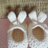 White Bunny Rabbit Easter Baby Booties by beliz82 on Etsy