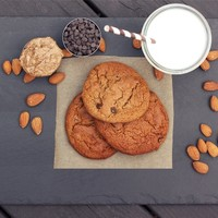 Restricted Diets: Grain-Free Almond Butter Chocolate Chip Cookies - Free People Blog