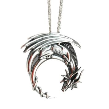 2018 free ship Alloy dragon necklace winged dragon on moon pendant medieval symbolic necklace dragon jewelry charmed