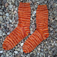 MADE TO ORDER. Hand knitted bamboo socks.