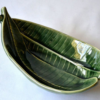 """Ceramic LEAF SHAPED PLATTER Plumeria Small 8"""" Green Veins Asian Microwave , Oven & Dishwasher Safe ~ New ~ U.S.A. Seller ~ Ships from U.S.A."""