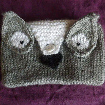 Hand Knit Owl Coin Purse