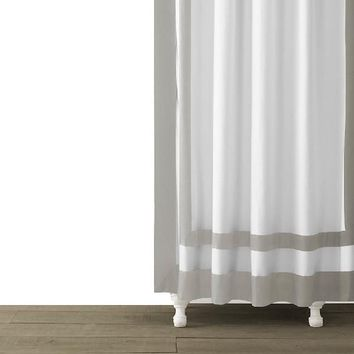 Edge Frame Shower Curtain | Silver