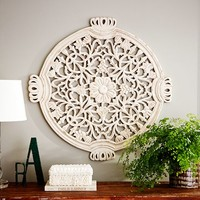 FLORAL WALL MEDALLION