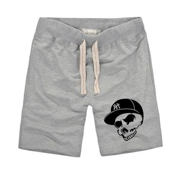 Cotton Beach Shorts Men hip-hop Bermuda Shorts Creative Skull with hat Printed Men's Bottoms