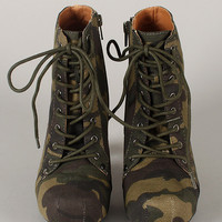 Qupid Puffin-06 Camouflage Lace Up Platform Bootie