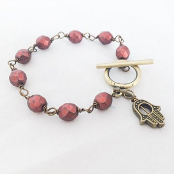 Beaded Bracelet with Hamsa Hand Charm Beaded Toggle Bracelet Stacking Bracelet Boho Jewelry Stackable Bracelet with Toggle Clasp Red