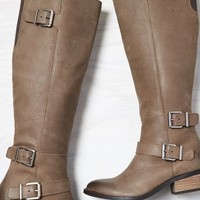 AEO Women's Dv By Dolce Vita Cambridge Boot