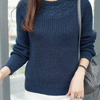 Round Neck Long Sleeves Knitted Sweater