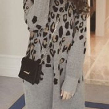 Chic Round Neck Long Sleeve Leopard Pattern Knitted Maternity Dress For Women