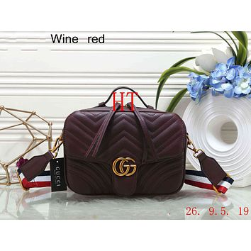 GUCCI 2018 counter female stylish high quality wild shoulder bag F-OM-NBPF wine red
