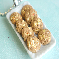 peanut butter cookies platter necklace