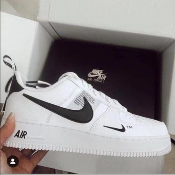 NIKE AIR FORCE 1 07 LOW Fashion Women Men Running Sports Shoes S 10bf29b4e15a