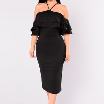 Yesenia Flounce Dress - Black