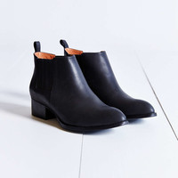 Jeffrey Campbell Metcalf Ankle Boot - Urban Outfitters