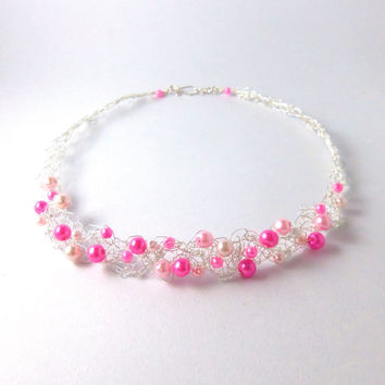Crochet wire necklace and earrings set in pink