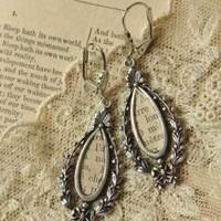 Victorian trading Co. - www.victoriantradingco.com - Love Story Ear Drops