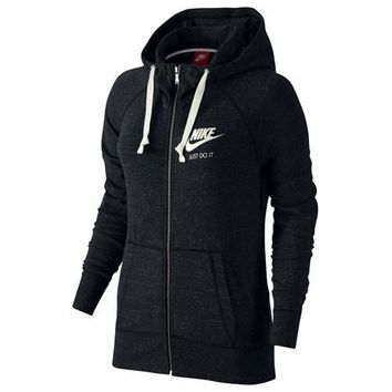 Women's Nike Sportswear Gym Vintage Hoodie Black/Sail Size Medium