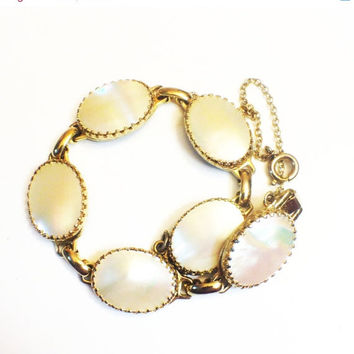 ON SALE Vintage Whiting and Davis Bracelet, Mother of Pearl and Goldtone, Oval Links, Bridal Jewelry
