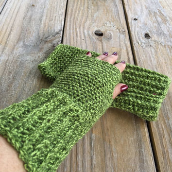 Handmade Crocheted Texting Gloves in Green Tweed, Fingerless Gloves, Crochet Arm Warmers, Wrist Warmers, Boho Texting Gloves, Boho Fashion