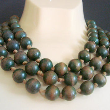 50s 60s Painted Wood Large Bead Necklace / Green to Brown / Flapper Length / Vintage Jewelry / Jewellery
