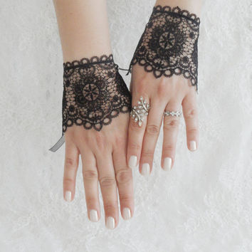 black victorian gloves, lace glove fingerless glove, black gloves, FREE SHIP