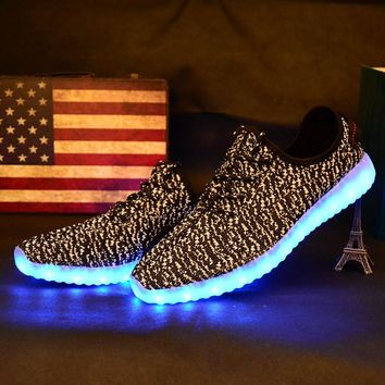 Children Shoes With Light Boys And Girls Casual LED Shoes For Kids 2017 Good Quality LED Light Up Usb 7 Colors Kids Shoes 25-37