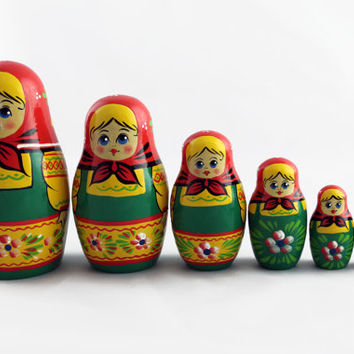 Matryoshka Russian Nesting Doll Babushka Beautiful Green Sundress Set 7 Pieces Pcs Hand Painted Handmade Souvenir Gift Handicraft