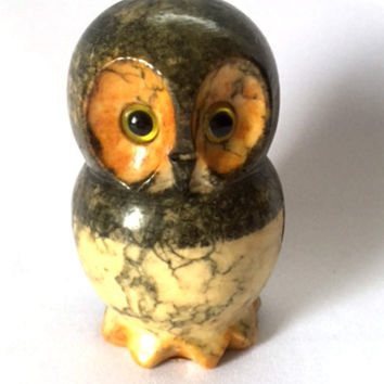 Vintage Alabaster Owl 1960s Mid Century Paperweight Sculpture Figurine Hand Carved Italy