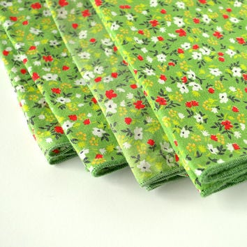 Vintage Cotton Napkins - Grass Green Floral Pattern - Set of 4