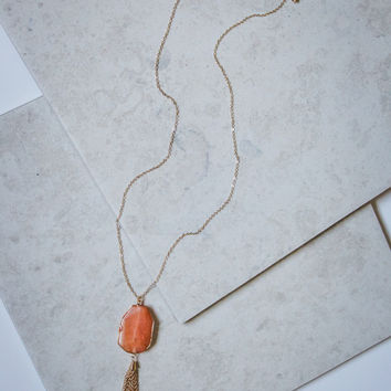 Peach Stone and Tassel Necklace in Gold