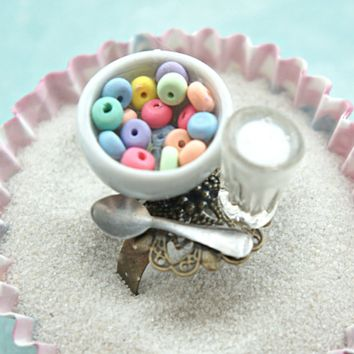 fruit loops and milk ring