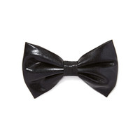 FOREVER 21 Faux Leather Bow Barrette Black One