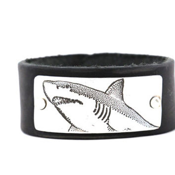 Shark Bracelet, Leather Cuff Bracelet, Leather Bracelet, Shark Tooth Bracelet, Great White Shark. Discovery Channel, Shark Week