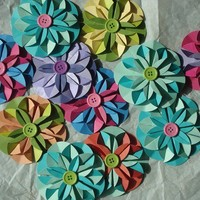 Paper Flowers Colourful Scrapbooking Embellishments Gift Wrap Bows Set of Four