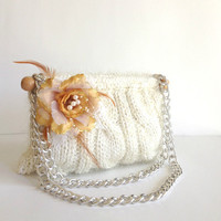Knitted bag purse cream color knitted bag purse by PinKyJubb