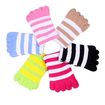 New 2017 Five Toes Women Socks Cotton Fashion Candy Colors Socks Toes Female Casual Colorful Stripe  Socks Girl 5pairs/lot