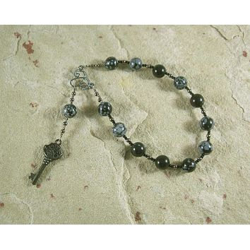 Hekate (Hecate) Pocket Prayer Beads in Snowflake Obsidian: Greek Goddess of Magic and Witchcraft