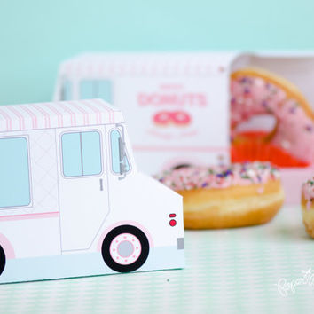 Donut Food Truck, Donut Box, Doughnut Party Favor, Valentines Day Gift, Valentines Day, Cupcake Box, Dessert Table, Sweet Shoppe, Paper Toy