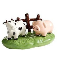 Pier 1 Imports - Farm Salt & Pepper Set