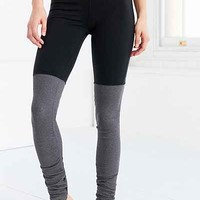 Alo Yoga High-Waisted Goddess Legging - Urban Outfitters