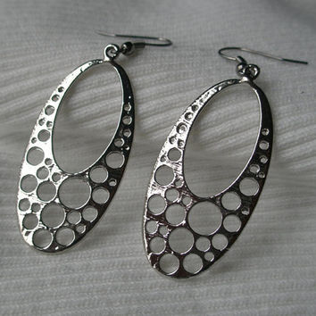 Silver earrings- Silver bubble earrings- Oval earrings- Large drop earrings- Shiny silver earrings
