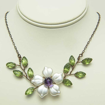 Purple and Green Flower Necklace with Amethyst,Twisted Wire Vine Jewelry with leaves, Rustic Wedding Jewelry, Glass Beaded Nature Jewelry