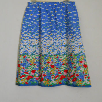 Blue Floral Skirt Field of Daisies and Flowers Size Large