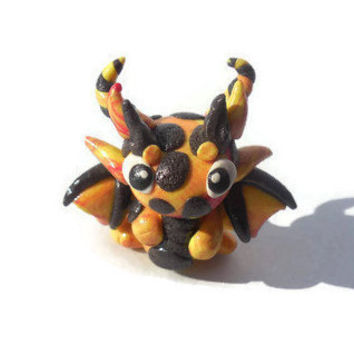 Dragon sculpture, Clay dragon, Dragon figurine, Dragon figure, Miniature dragon, fantasy decor, Lava dragon, Desk buddy, shelf decor