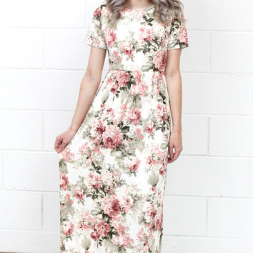 Garden Party Floral Maxi Dress {Ivory Mix}