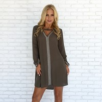 Cleopatra Embroider Shift Dress in Olive
