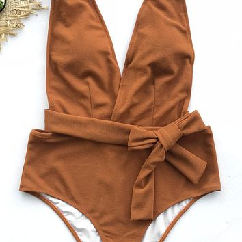 Cupshe Sea Escape Solid One-piece Swimsuit